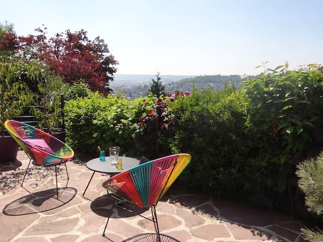 Villa LE JARDIN  séjour professionnel et familial