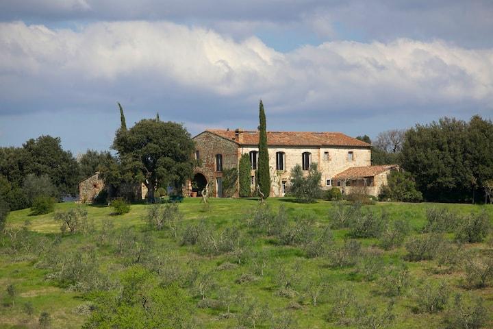 Characteristic Luxury Villa in Maremma