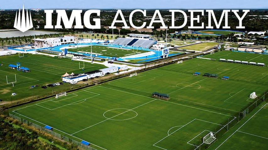 Near IMG Academy/Beaches Spring Training &Shopping