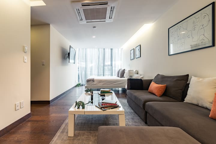 Casai Santa Fe |1 BR| Designer Suite