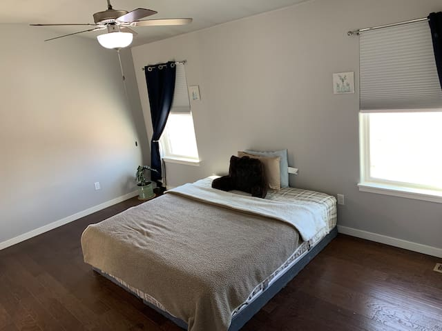 Master Bedroom-Freedom Home