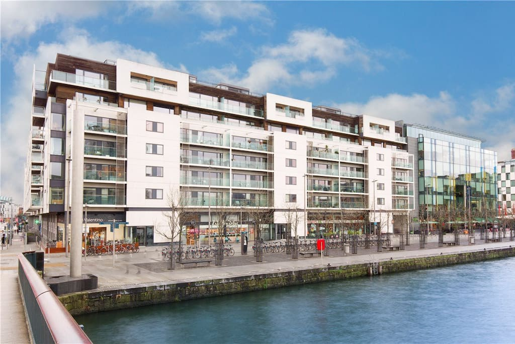 Modern 1 Bedroom Apt With Breakfast Included Apartments For Rent In Dublin County Dublin