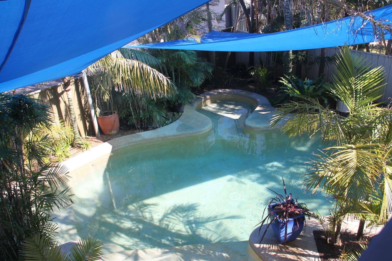Pool/Alfresco/BBQ-Kitchen