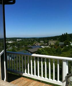 Uptown P.T.,Straits, Ships & Valley - Port Townsend - House