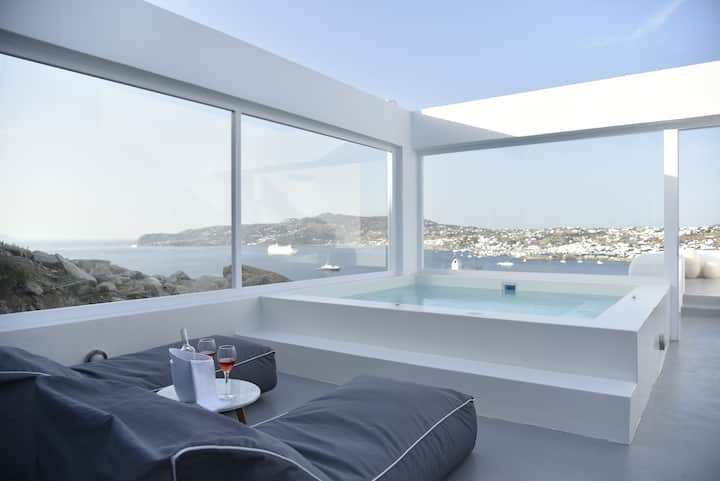 Gemn Minimal House, (private jacuzzi, pool)