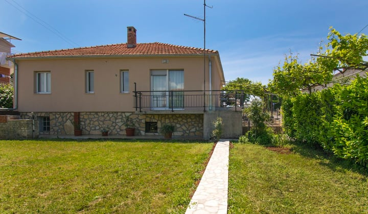 Holiday home Rovere , detached house