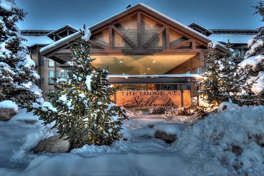 Stillwater Lodge in Winter