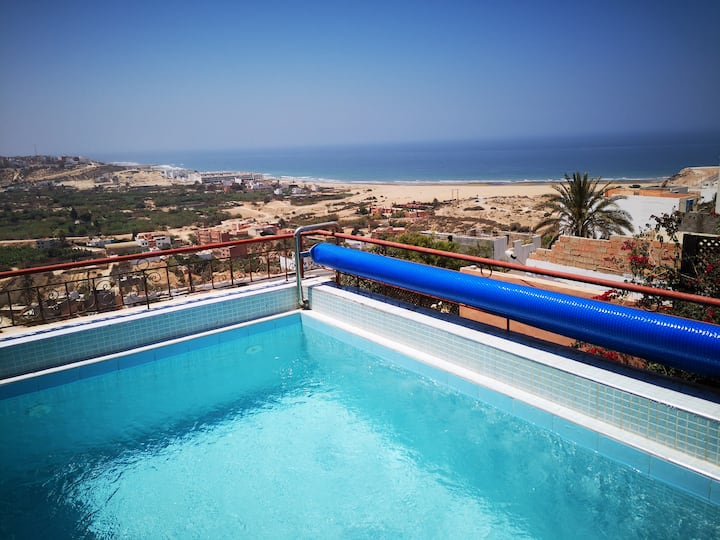 Roof top swimming pool villa