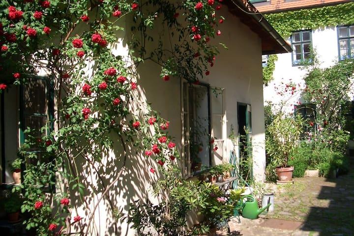 Haus in ruhigem Innenhof
