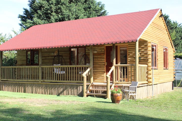 Dog friendly Log Cabin in relaxing 4 acre grounds