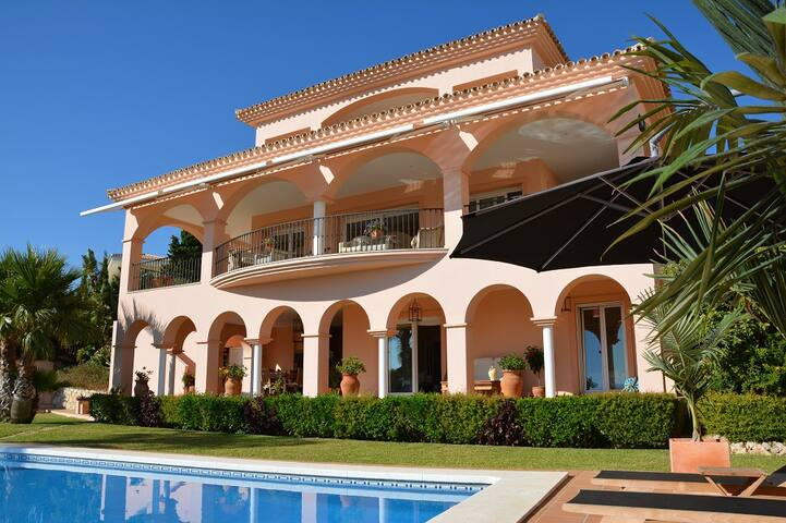 Luxury beachside villa with heated pool and hot tub