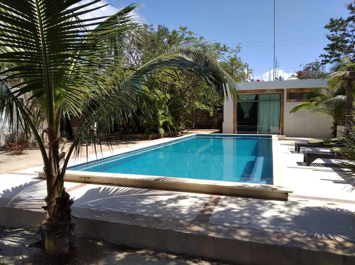Luxury House with Pool and big area in Tulum
