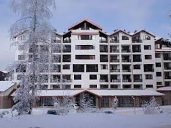 Ski resort apartment in Borovets