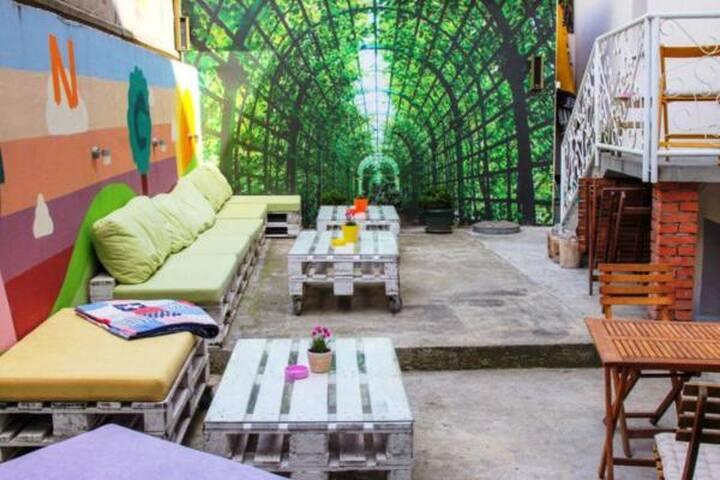 Hostel Bongo (bed in 5-bed room)