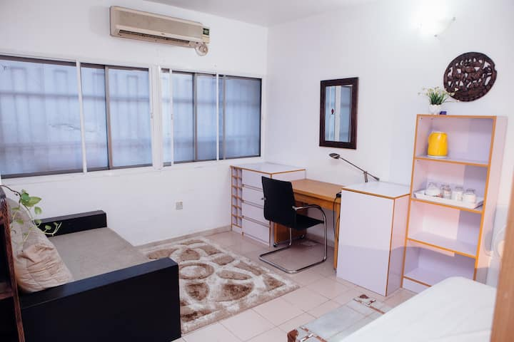 Charming and cozy bedroom in Lekki phase 1
