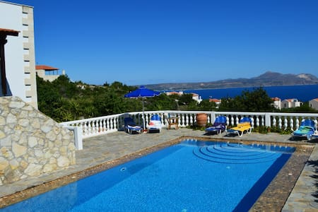 Villa big pool & seaview 10%OFF FOR EARLY BOOKING - Almirida