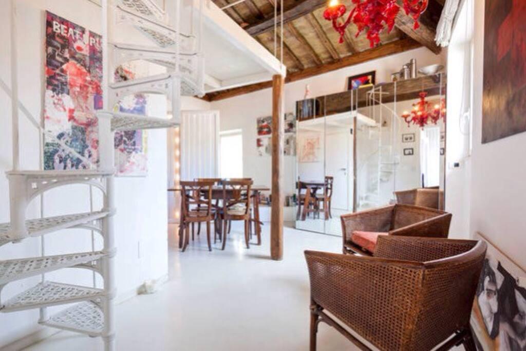 Kitchen/ dining corner