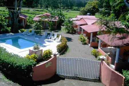 Villas Majolana hotel/cabinas stud - Playa Agujas - Muu