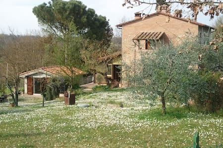 Casa di campagna  in  Toscana - Chiusi - Bed & Breakfast