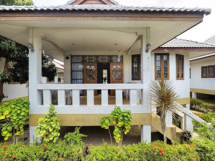 Two bedroom house in the beachfront resort #2