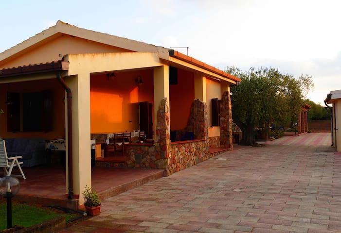 Villa Rosa - Sardinian Cottage - Alguer - Casa