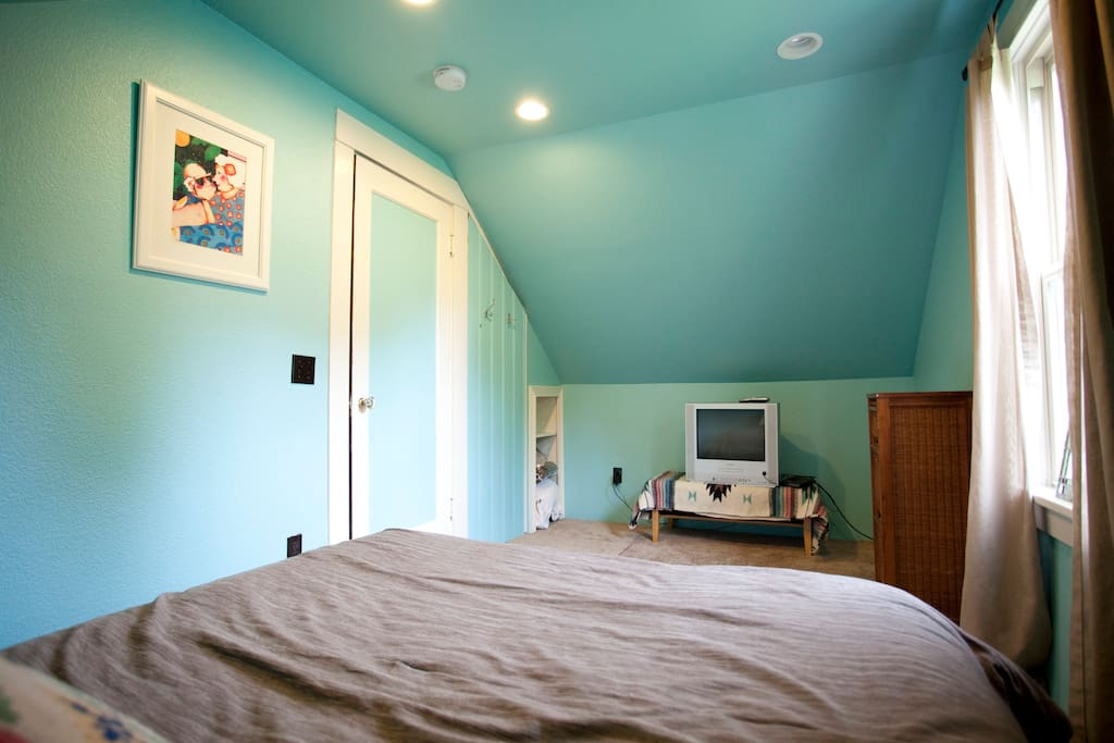Blue Room with Cable TV