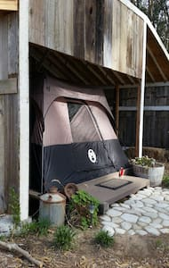 """Glamping"" on Ocean View Property"