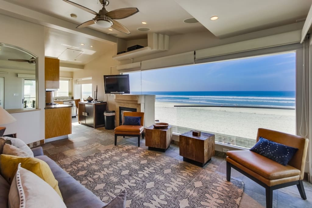 beachfront surf rider condo watch the sunset condominiums for rent in san diego california. Black Bedroom Furniture Sets. Home Design Ideas