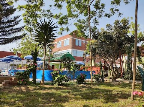 Casa de campo en Huaral, c/piscinas y áreas verdes
