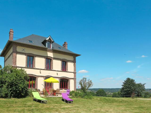 Holiday House Pommy for 6 persons in Coupesarte