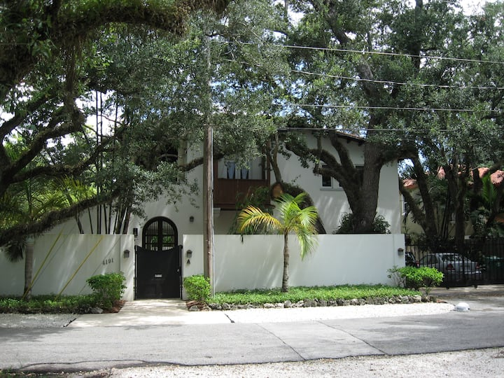 Coconut grove  spend time in beautiful South Grove