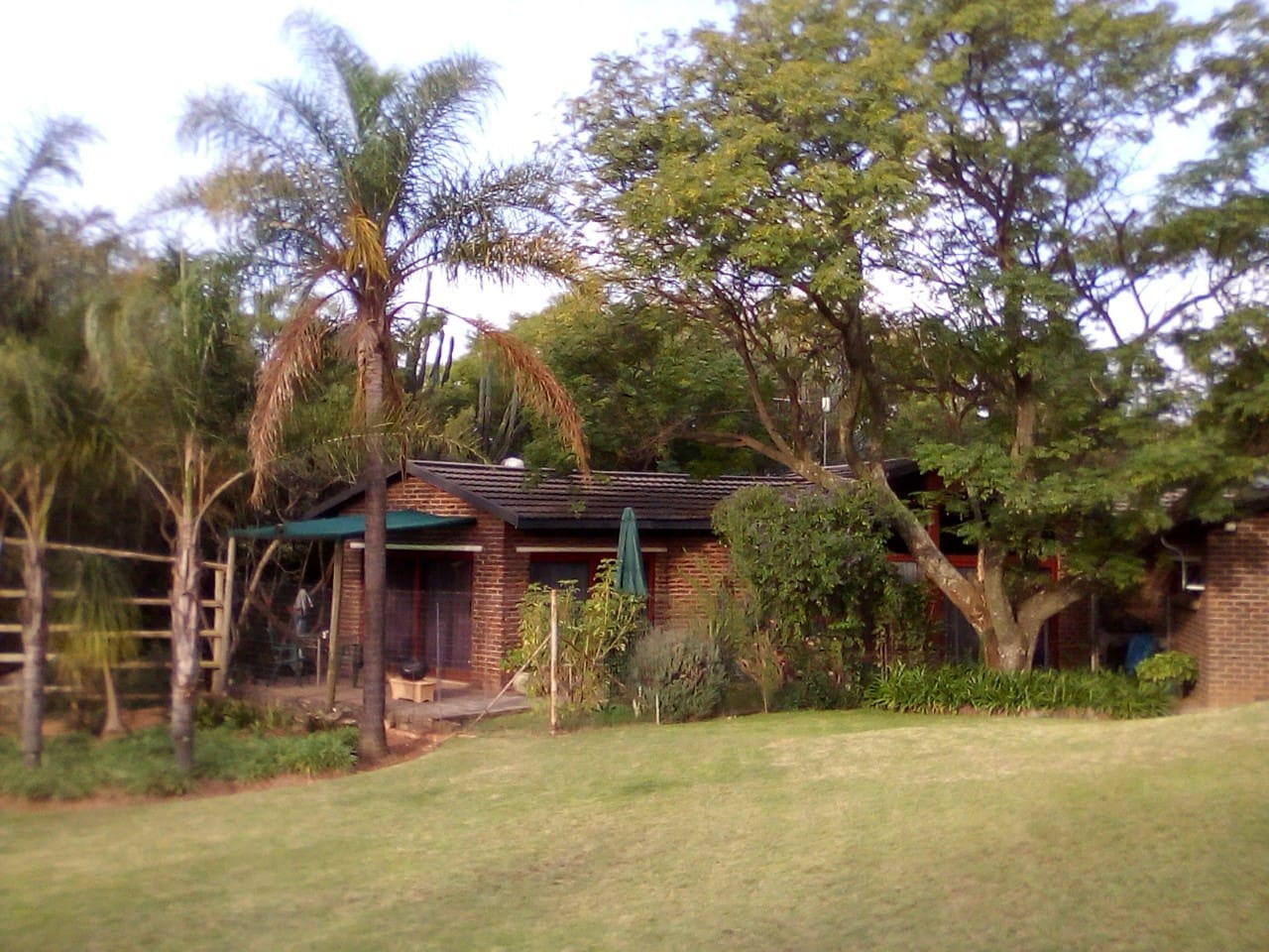 HOUSE -  SOPHIA'S SPOT