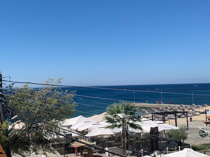 Apartment with amazing view on Nikiti beach