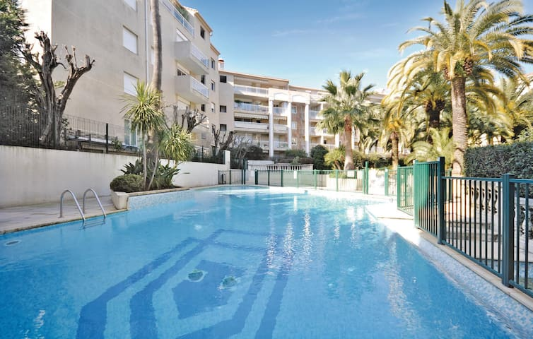 Holiday apartment with 1 room on 33m² in Cannes