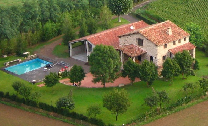Mas La Plana, masia rural entera - Girona