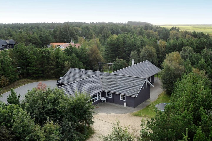 Luxurious Holiday Home in Rømø with Swimming Pool