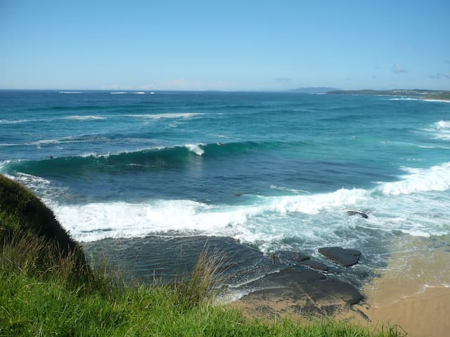 The Beach Bungalow private and pefect for couples. - Ulladulla - Daire