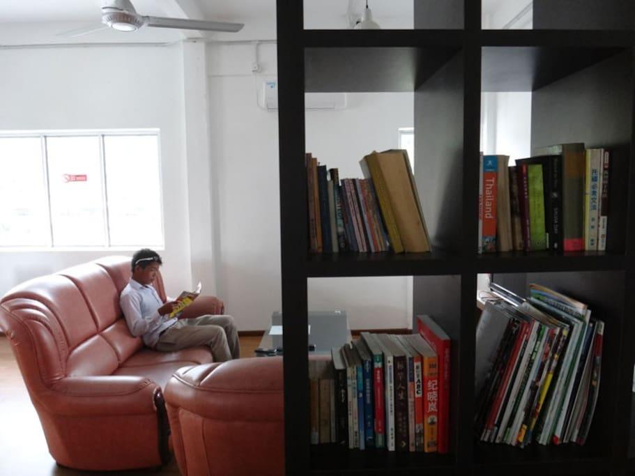 Mini library, common area.
