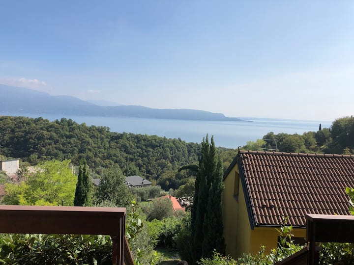 Bilocale vista lago vista mozzafiato