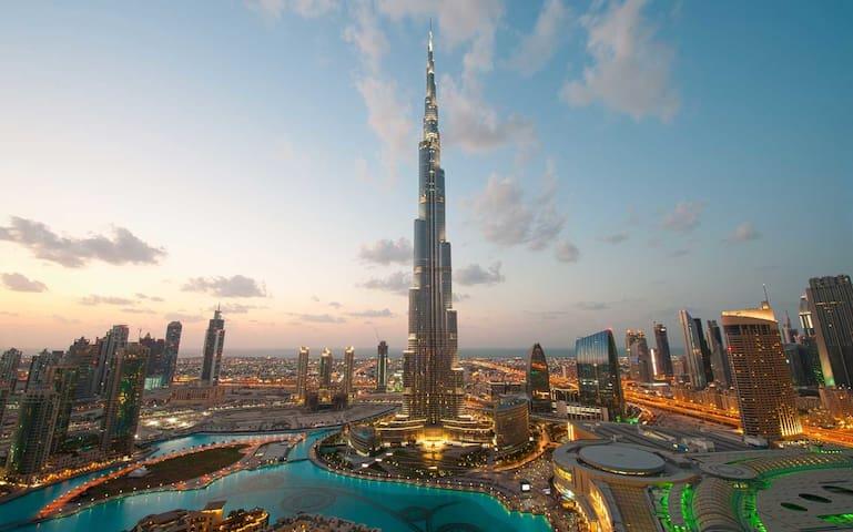 2 BR Downtown Burj Khalifa Apt. Spectacular views!