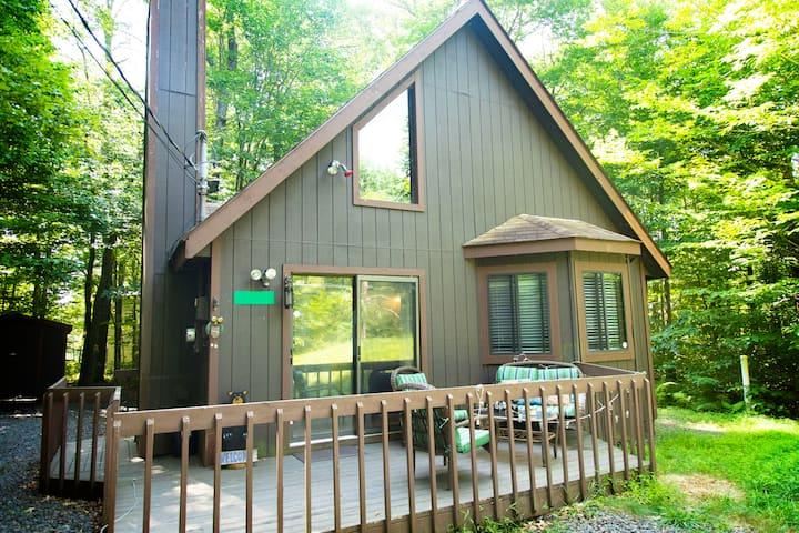 5 Min Walk to Lake - Lucky Arrow Lakehouse