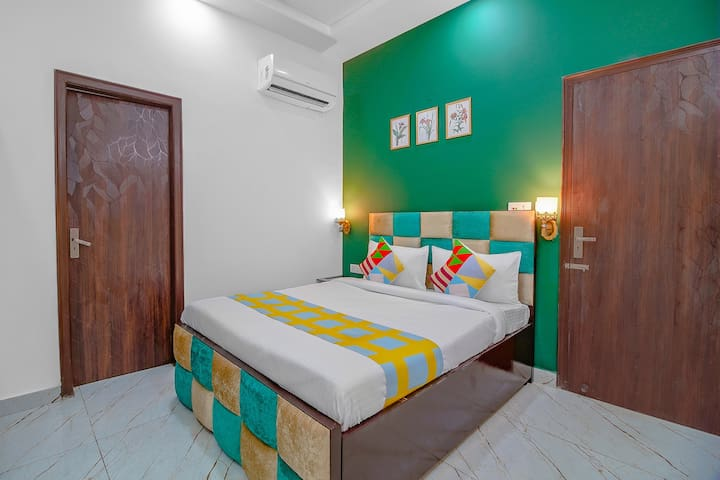 OYO - 1BR Homely Abode in Capital City
