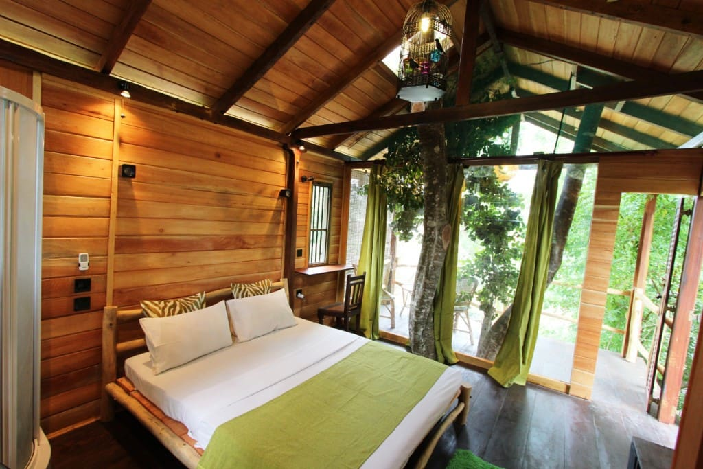 Romantic Luxury Tree House - Treehouses for Rent in Tangalle ...
