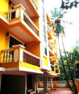 Antonio's Residency Goa, Betalbatim. Quiet & Clean - Flat