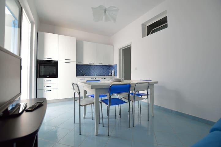Beautiful summer house Torre Vado.. - Torre Vado - Apartment