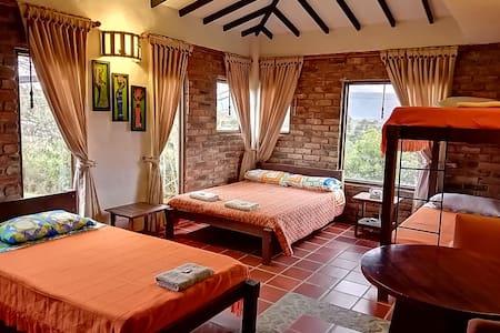 Habitación, casa campestre cerca a Villa de Leyva