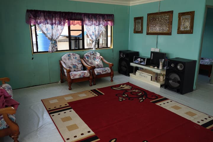 Maniah Homestay Whole Unit