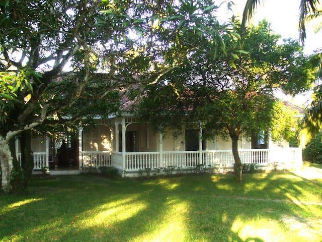 Superbe Villa de style Colonial