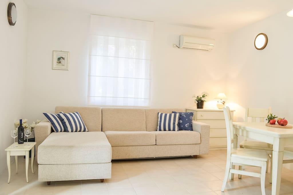 Serena Cottage living room