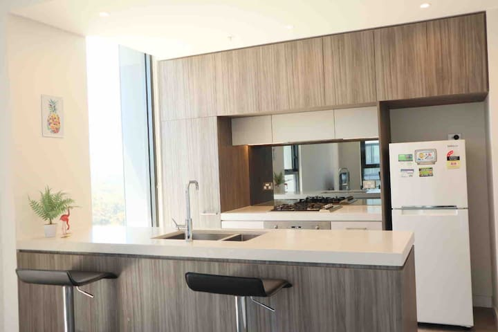 The Flamingo-Brand New Apartment in North Ryde